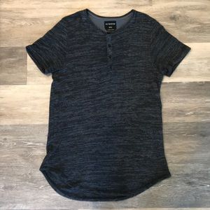 On The Byas, longcut Black T-Shirt with Buttons